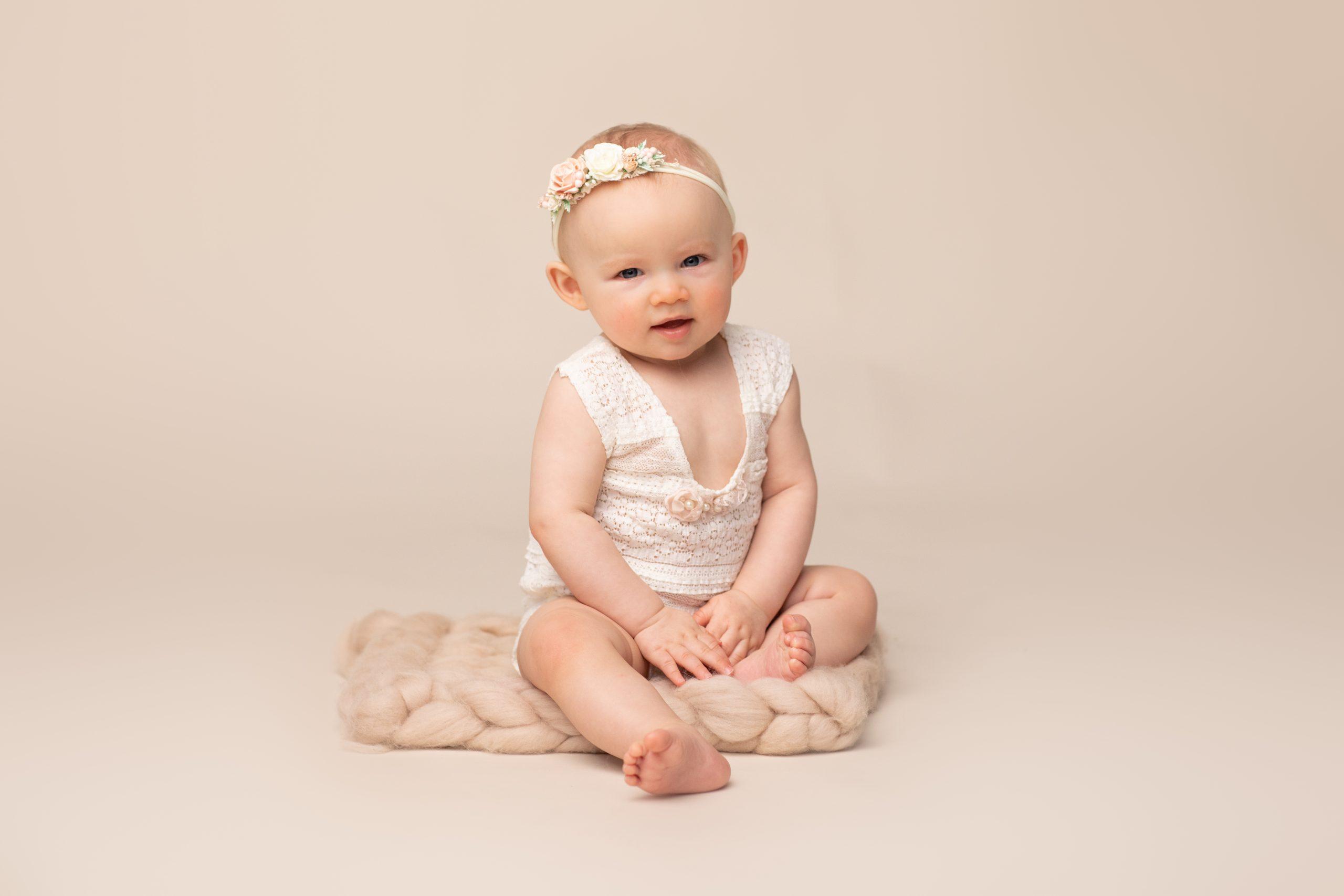Baby sitter fotoshoot in fotostudio eye flash